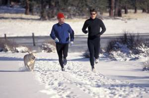 MEN RUNNING, MEN RUNNING IN COLD, MEN RUNNING WITH DOG