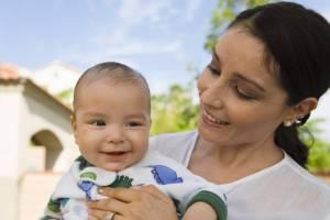 hispanic mom and baby