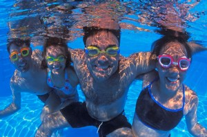 pool, family in pool