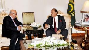 صدر مملکت کی یمن کے وزیر برائے صنعت و تجارت ڈاکٹر سعد الدین علی سالم طالب کے ساتھ ملاقات