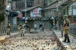 کشمیری صحافیوں کو پولیس تھانوں میں بلایا جاتا ہے ، تشدد بھی کیا جاتا ہے ۔ وی او اے