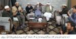 سینیٹر سراج الحق کی حافظ حسین احمد سے ملاقات، والدہ کی وفات پر تعزیت