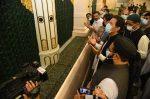 وزیراعظم عمران خان روضہ رسول اللہ ۖ پر حاضری کے لیے مدینہ پہنچ گئے