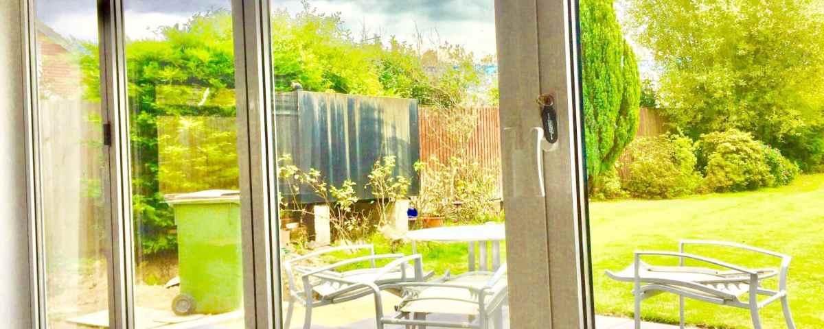 bifold doors white