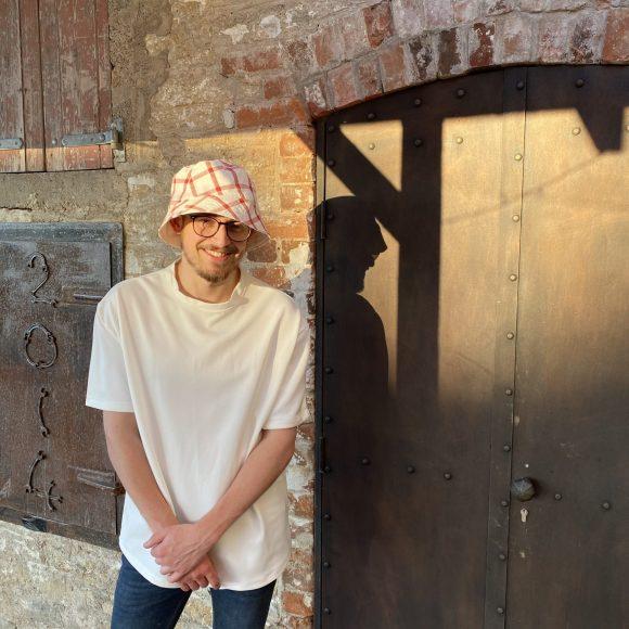 Bucket Hat worn by Jordan law
