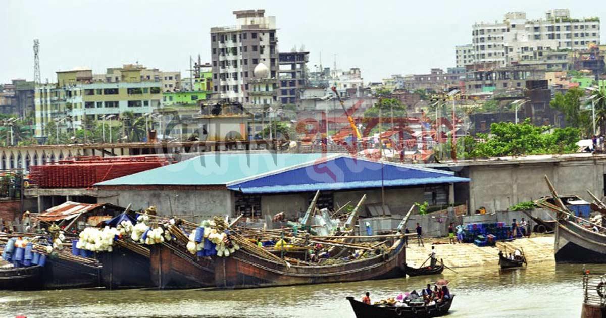 রাজাখালী খালের তীরে বরফকল : অবৈধ স্থাপনা 'বৈধতা' দিল বন্দর