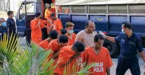মালয়েশিয়ায় করোনায় নতুন করে ৮ জনের মৃত্যু