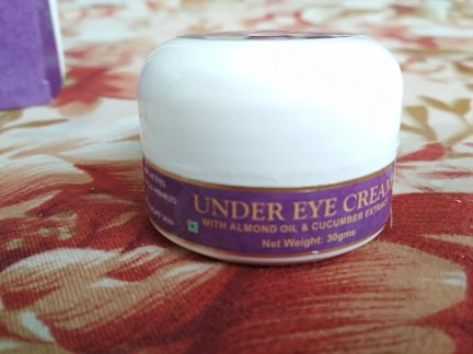 VAADI HERBALS UNDER EYE CREAM REVIEW