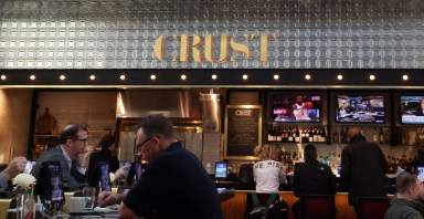 Crust Restaurant in LaGuardia Airport