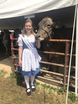 2018 Wisconsin Brown Swiss Queen, Ms. Summer Henschel