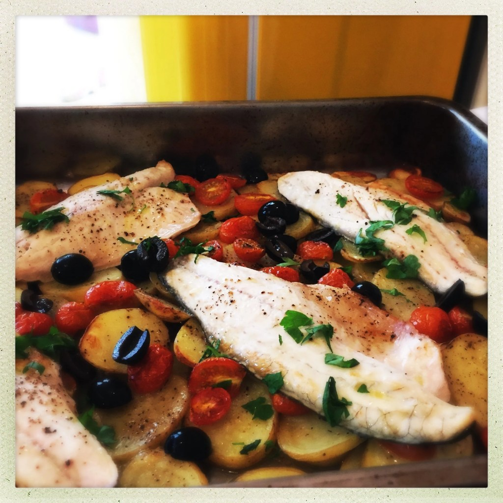 sea bass tray bake recipe, one pan family dinner, easy family food from daisies and pie