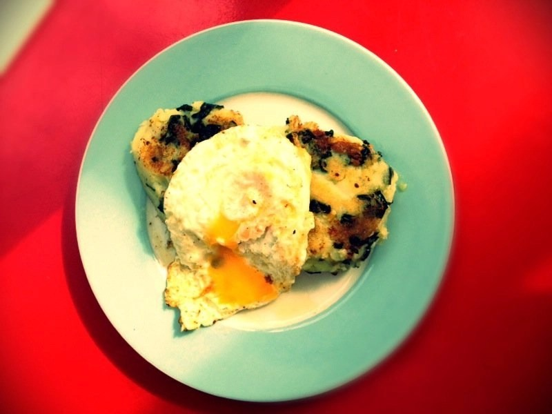 Bubble & squeak with fried eggs