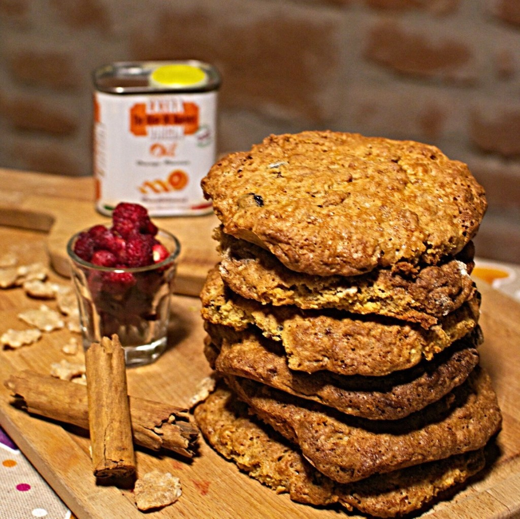Cranberry cookies with orange flavoured olive oil
