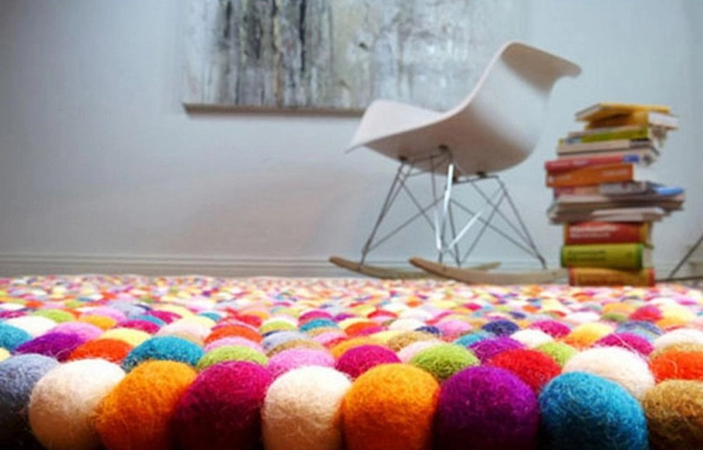 lotte rug from lime lace, woollen felt ball rug, home interiors 2015, family home from daisies and pie