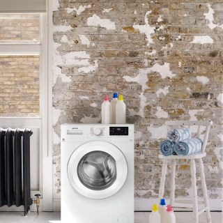 Smeg WHT714EUK washing machine, smeg washing machines, A+++ energy efficiency rating washing machines, home style from daisies and pie