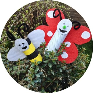 cardboard tube garden bugs, cardboard tube crafts for kids, toilet roll butterfly, toilet roll bee, how to make butterflies and bees, preschool crafts, daisies and pie
