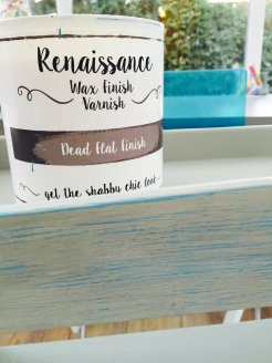 renaissance wax finish varnish, how to do shabby chic paint effect, diy from daisies and pie