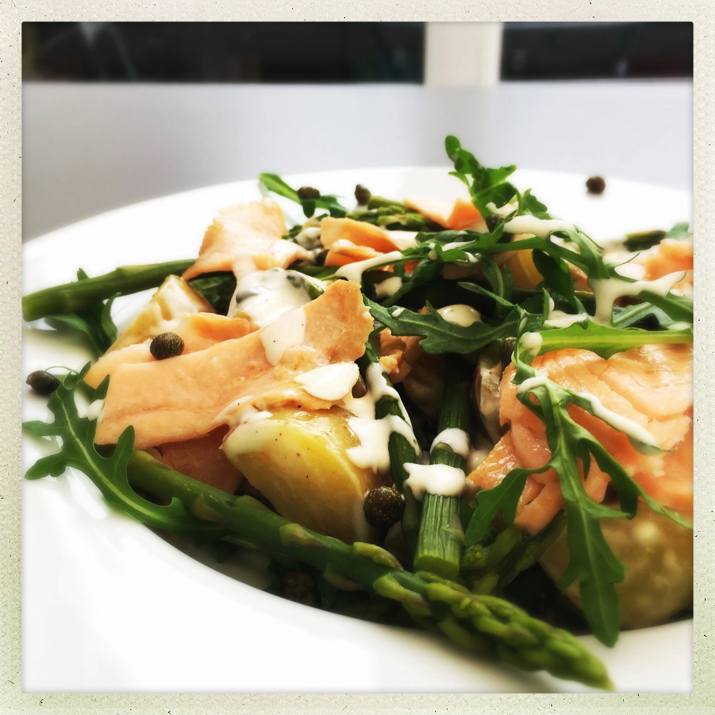 Potato salad with asparagus and smoked salmon