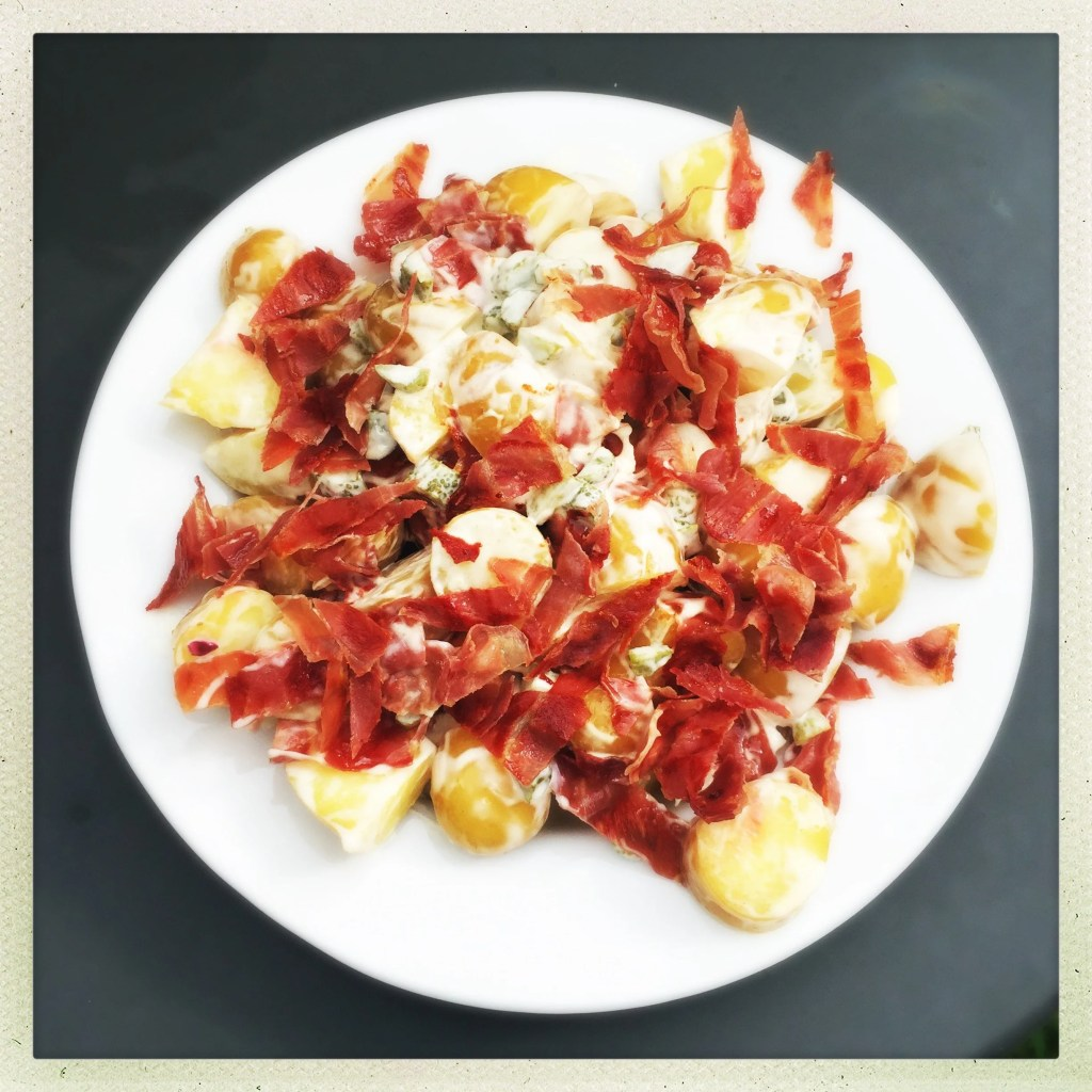 potato and bacon salad, bacon potato salad, homemade potato salad, easy potato salad recipe, easy family food from daisies and pie