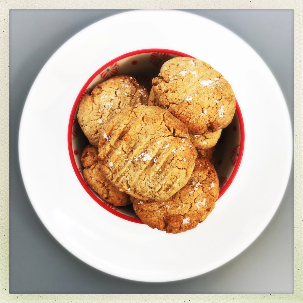 peanut butter cookies recipe, easy cookie recipe, peanut cookies, kids cookie recipe
