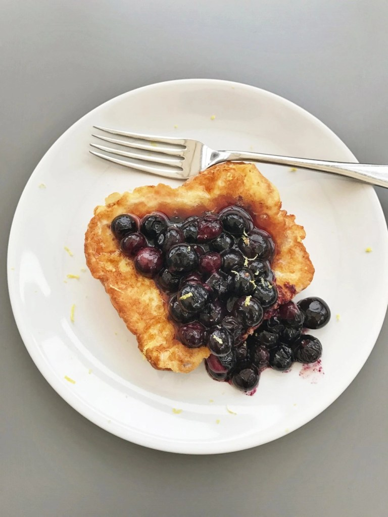 Brioche French toast with blueberries and lemon zest, easy brunch recipes, easy family food from daisies and pie