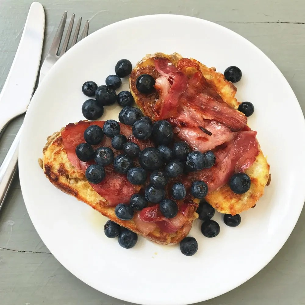 French Toast With Bacon And Blueberries With Maple Syrup Brunch Recipes