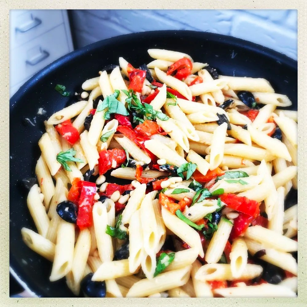 Vegetarian Red Pepper and Pine Nut Pasta