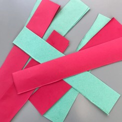 How to make paper chains, retro homemade Christmas decorations, kids Christmas crafts