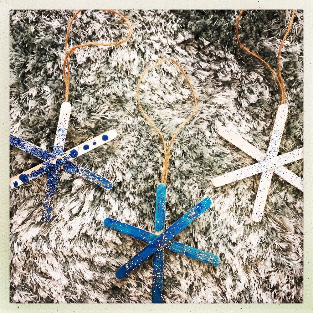 Simple snowflake ornaments for kids