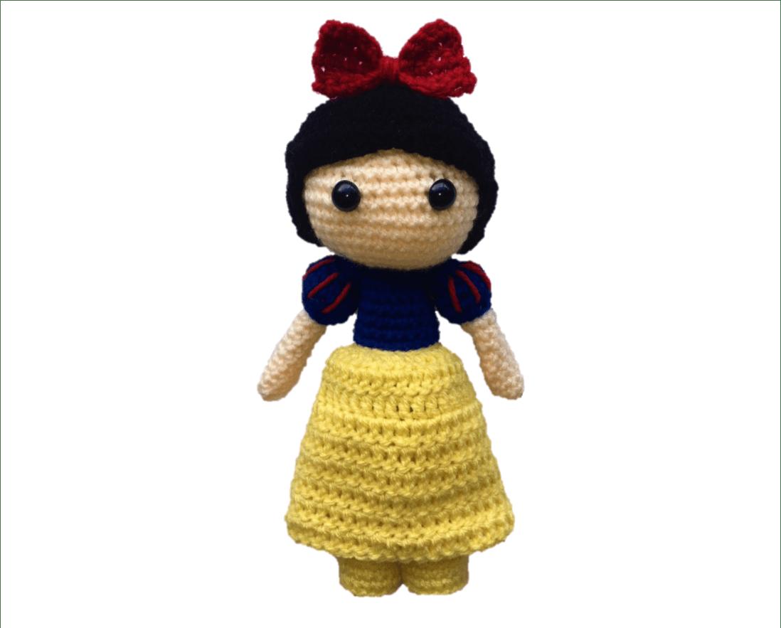 Free Snow White Amigurumi Pattern (Crochet) - Daisy and Storm