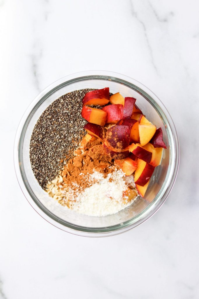 Dry ingredients for peaches and cream overnight oatmeal - Daisybeet