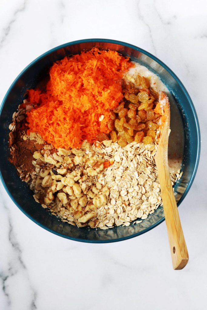 Carrot cake baked oatmeal ingredients - Daisybeet