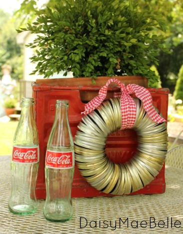 How to Make a Canning Lid Wreath @ DaisyMaeBelle
