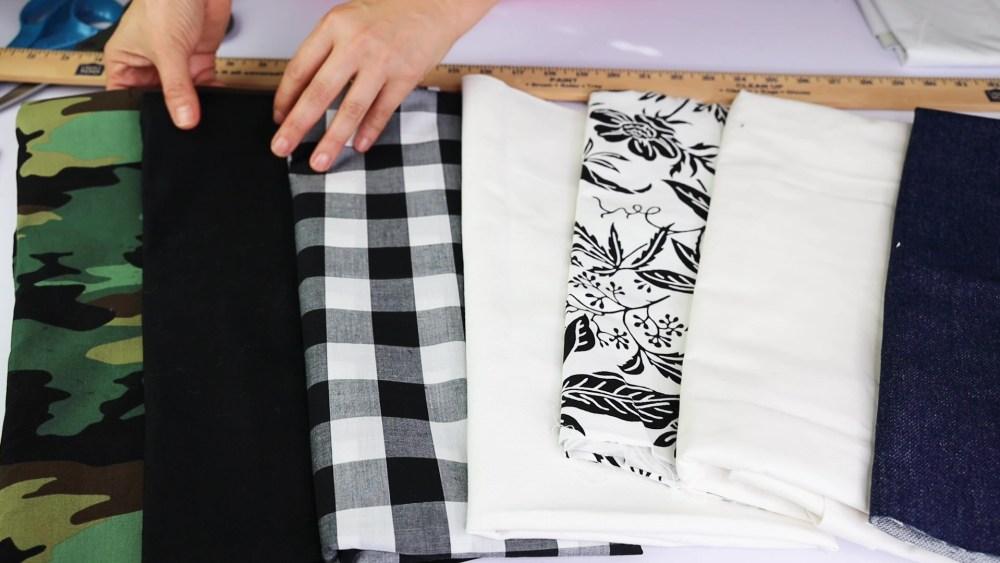 Tipos de tela que se pueden utilizar para hacer banderas de jardin.