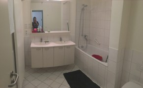 The larger of our 2 bathrooms.