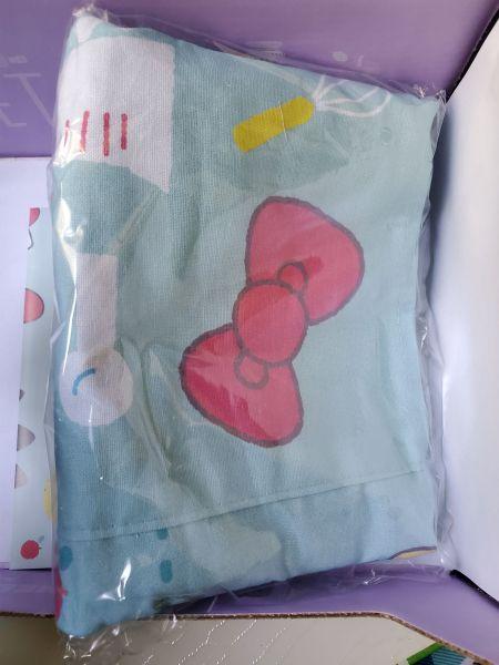 Hello Kitty Loot Crate Sweet Treats apron