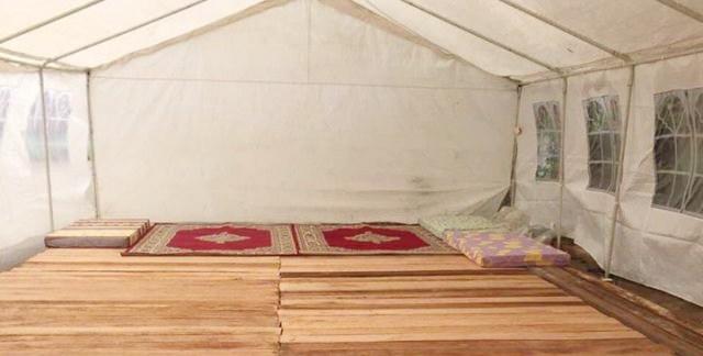 Can 2017 : Des supporteurs marocains dorment à la belle étoile à Oyem