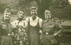 Collaborator Girls in World War II (3)