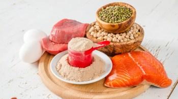 protein needs elderly