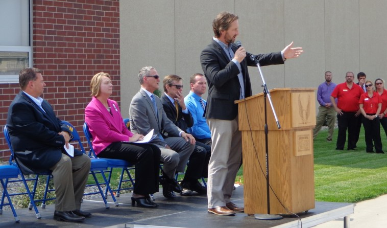 Tom Hurlbert, CO-OP Architecture, thanks local contractors who swiftly turned his A-TEC Academy designs into reality.