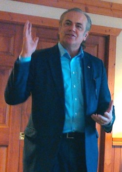 Rick Weiland, speaking in Aberdeen, South Dakota, 2015.12.11.