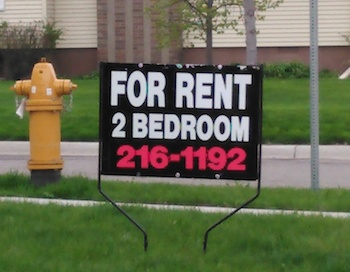 For Rent on Kline, easy walk to campus!