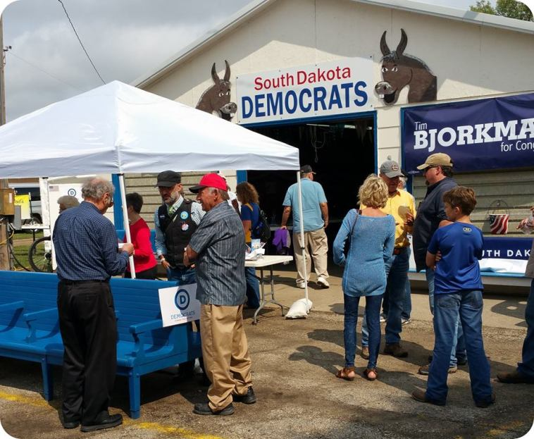 Democratic Party building, South Dakota State Fair midway, 2017.09.01. Photo by Dennis Olson, Beadle/Kingsbury/District 22 Democrats.