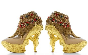 alexander-mcqueen-fall-10-accessories-03