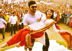 Aarya Babbar and Minissha Lamba - Pic 4 (Image courtesy - Internet)