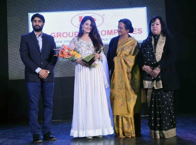 Arjumman Mughal bags Shaurya Award for Ya Rab. - Pic 3