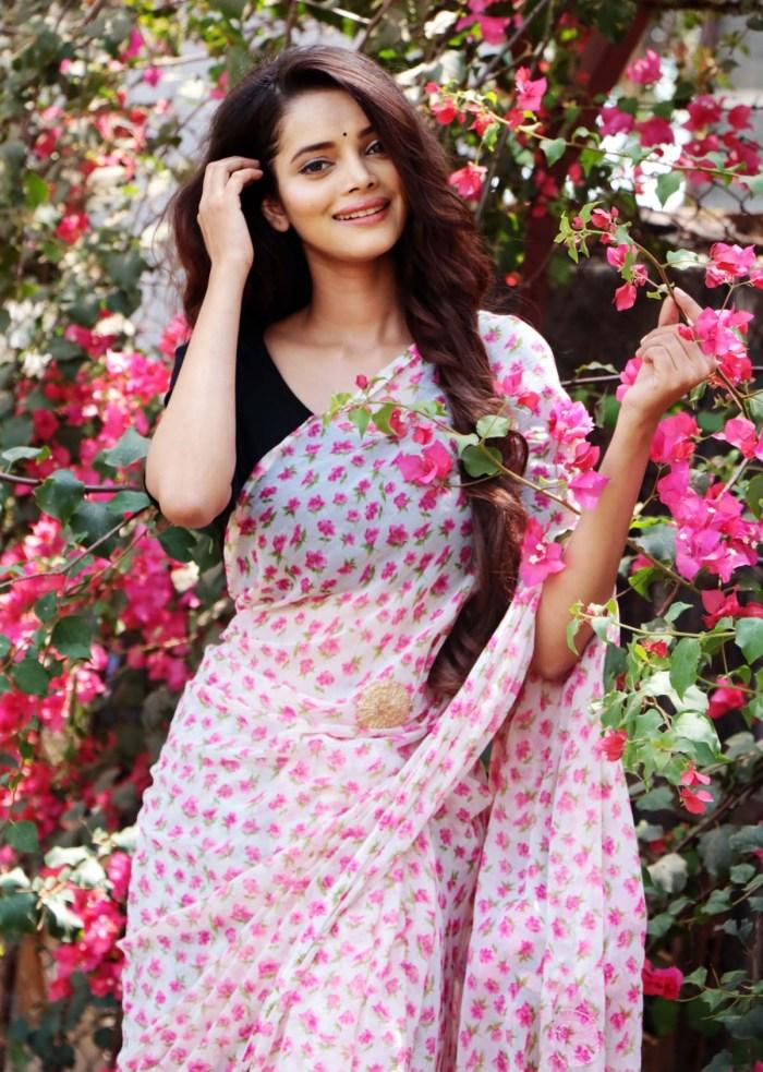 Aavya Gupta 19