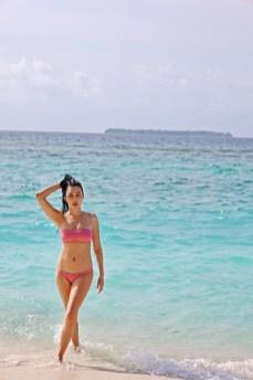 Feryna Wazheri's trip to Maldives (10)