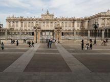 اسپین کے وزیر اعظم نے کل سے پورا ملک بند کرنے کا فیصلہ کر لیا ہے