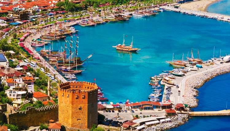 السياحة في ألانيا التركية